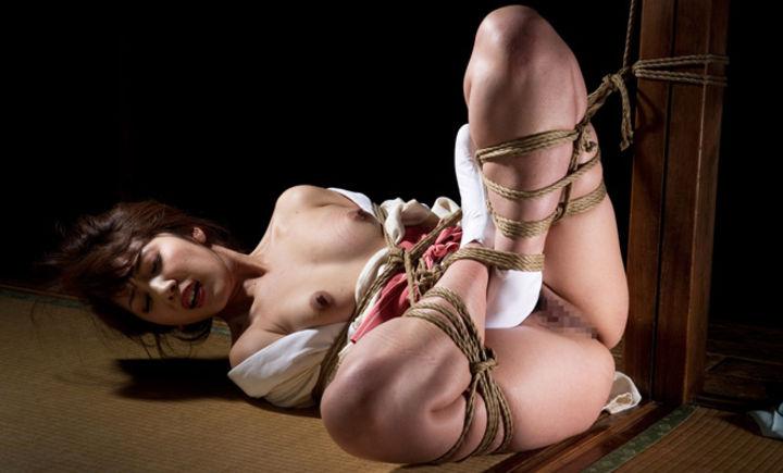 【SMエロ画像】M女の忍耐タイムw苦しいけど落ち着くらしい緊縛状態www 02