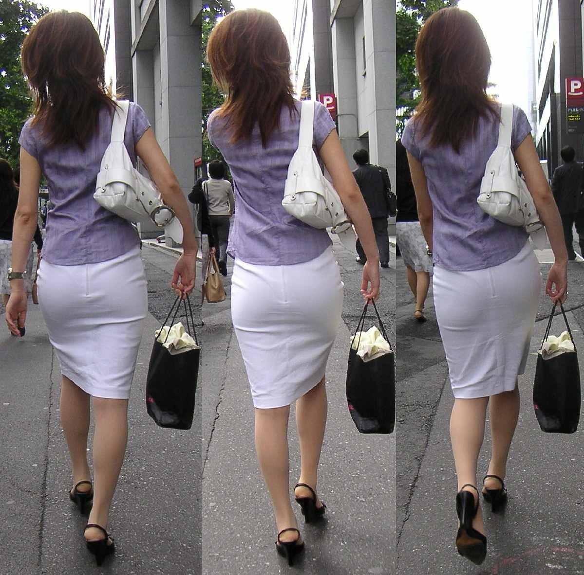 【着尻エロ画像】大きくて揺れるから注目w隠せないタイト姿の街角女尻www 24