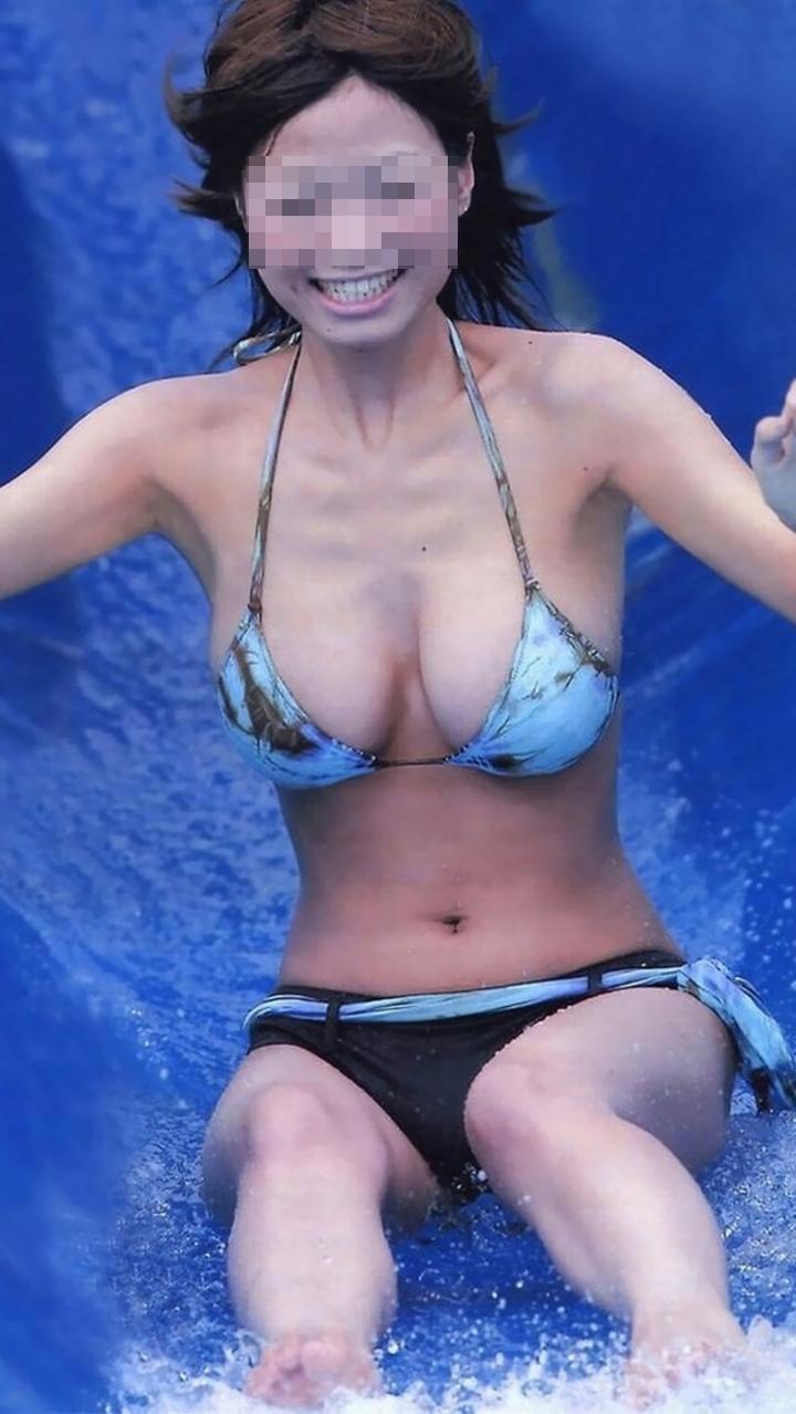 【水着エロ画像】寒い日だから夏が恋しいw灼熱下でも眼福なビキニギャルの乳www 20