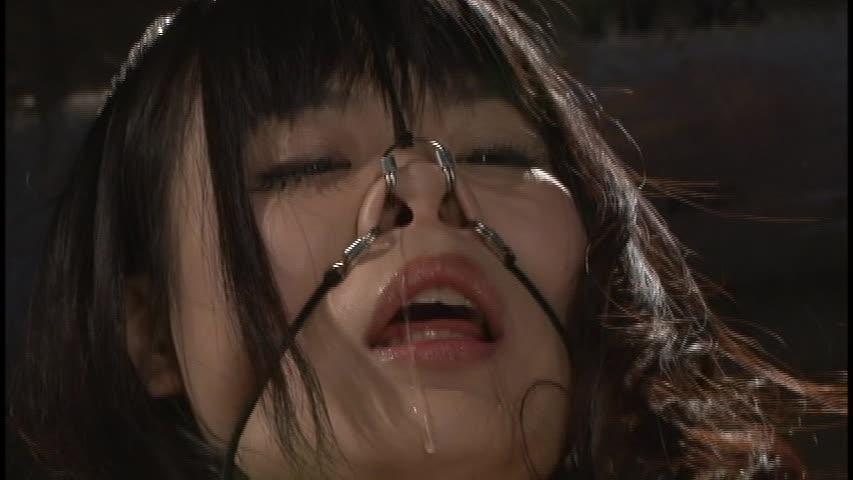 【SMエロ画像】ここまでされても可愛さ残る人もいるw屈辱の鼻フック責めwww 21