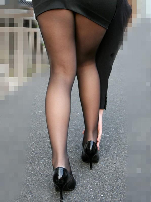 【美脚エロ画像】舐めた事ある人いる?窪みが気になる美脚のひざ裏www 27
