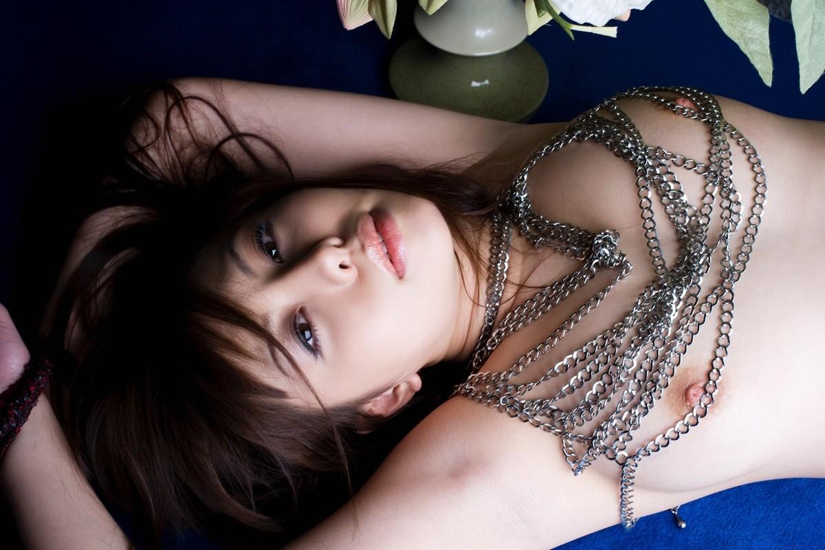 【腋フェチエロ画像】乳揉みながら舐め尽くしたいw美女の綺麗な腋の下www 14