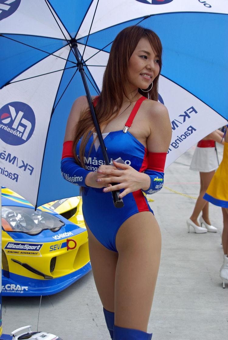 【RQエロ画像】寒そうだけどありがたいw抜き余裕なレースクイーンの体www 24