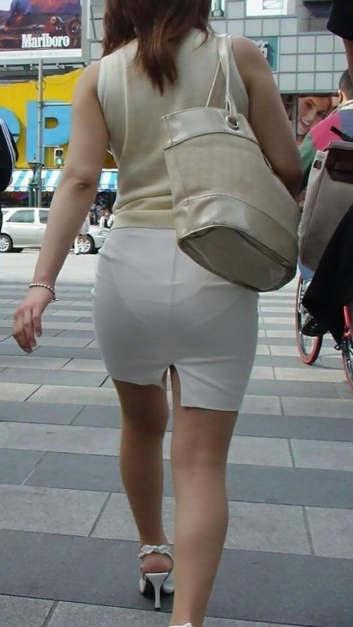 【着尻エロ画像】生で見なくとも十分!形も大きさも明確な街のお尻www 02