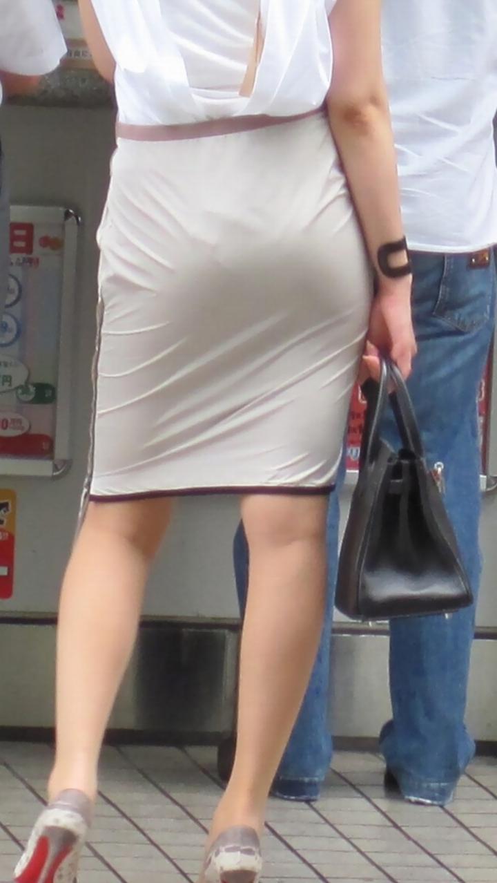 【着尻エロ画像】生で見なくとも十分!形も大きさも明確な街のお尻www 09