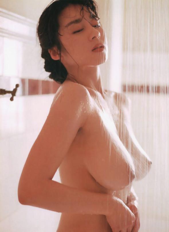 【入浴エロ画像】ちゃんとするから洗わせて…シャワー浴びる全裸美女たちwww 28
