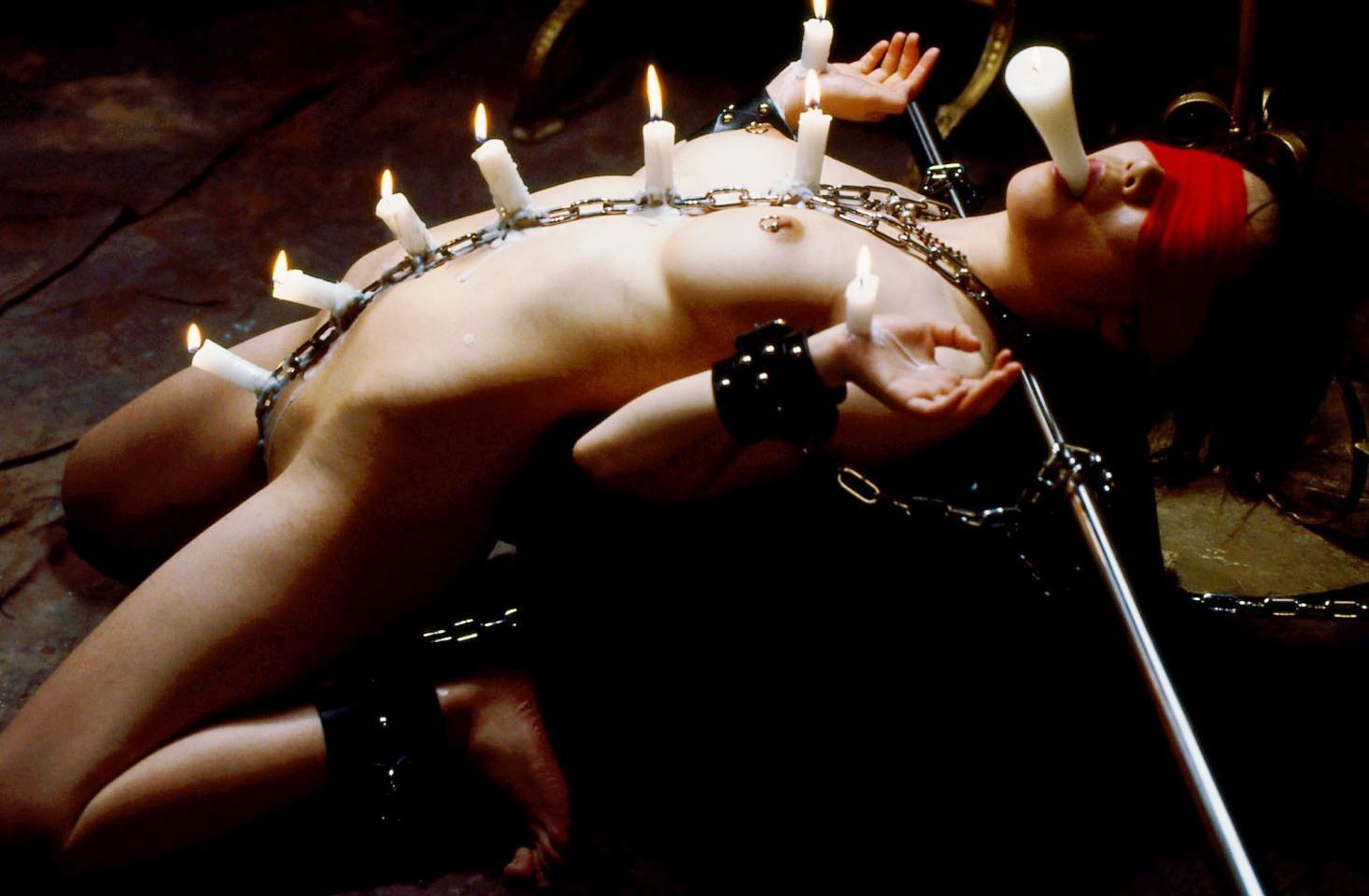 【SMエロ画像】熱い!でも逃げられない…緊縛M女への熱蝋責め調教www 13