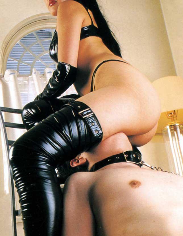 【SMエロ画像】跪きなさい…セクシー女王様によるありがたいお仕置きの数々www 18