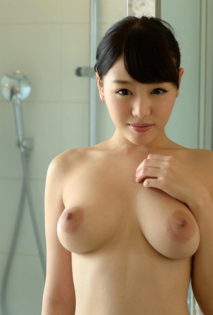 【乳輪エロ画像】要は乳房とのバランスw吸い付きたくてたまらなくなる巨乳輪www 20