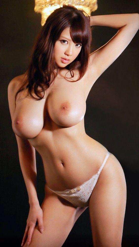 【巨乳エロ画像】まさに神乳!RIONの天然Jカップ巨乳輪BODYwww 11