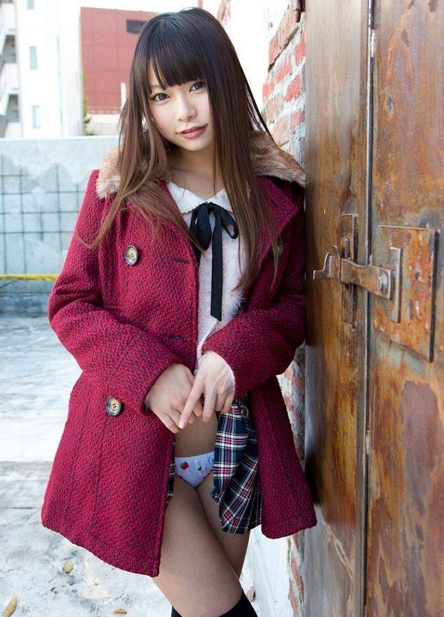 【美少女エロ画像】これでも立派な大人ですw手を出して問題ない筈の童顔美少女www 21