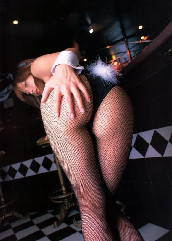【コスプレエロ画像】尻尾のポンポンは必須wなければつけたいバニーさんのエロ尻www 16
