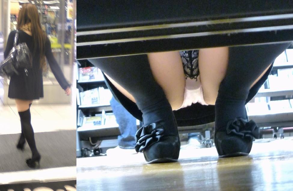 【パンチラエロ画像】下から丸見え!悠長に物色中の座り女子を棚越しに激写www 14