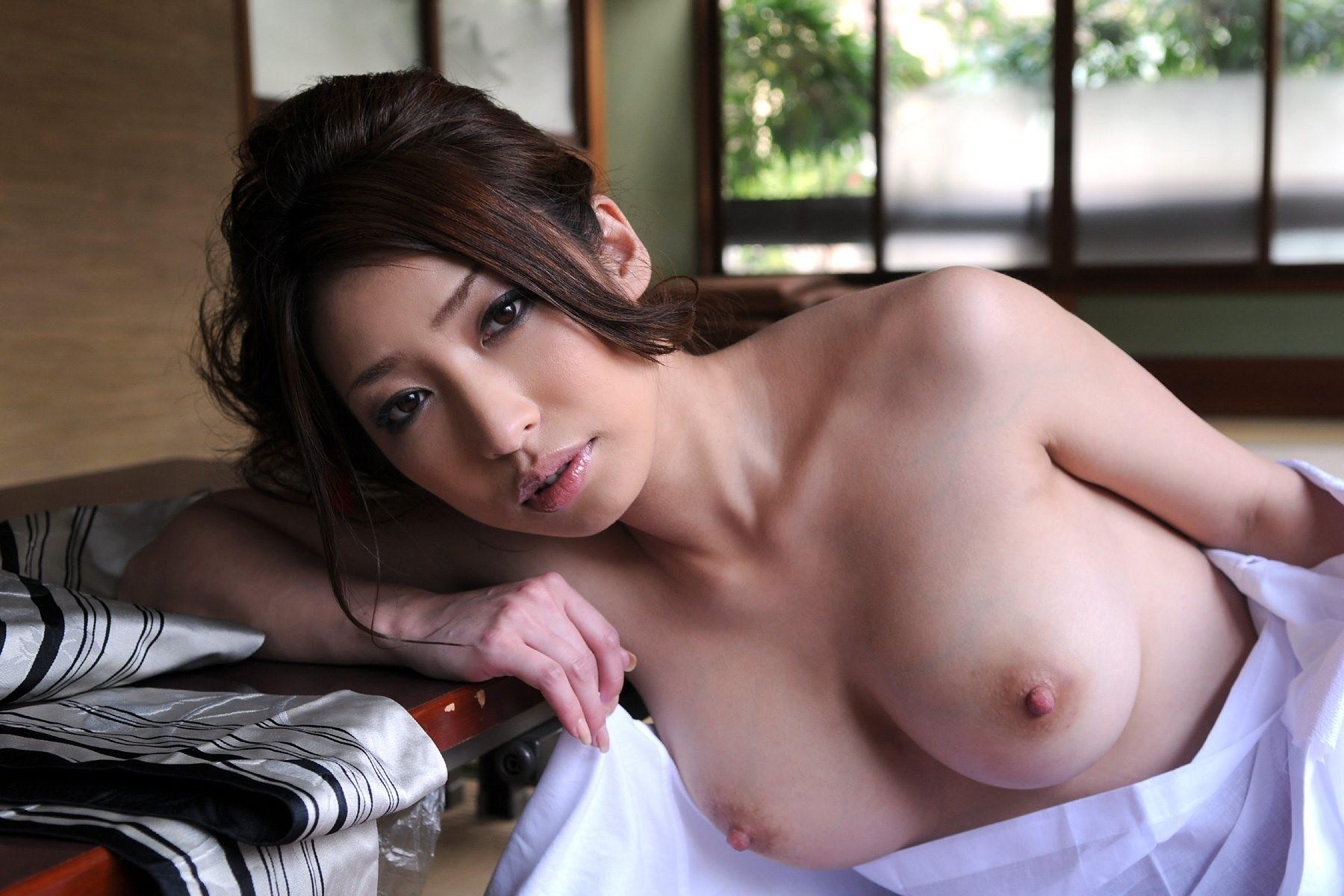 【和服エロ画像】奥ゆかしいイヤらしさが…日本人だから和服乱して裸体晒しwww 12