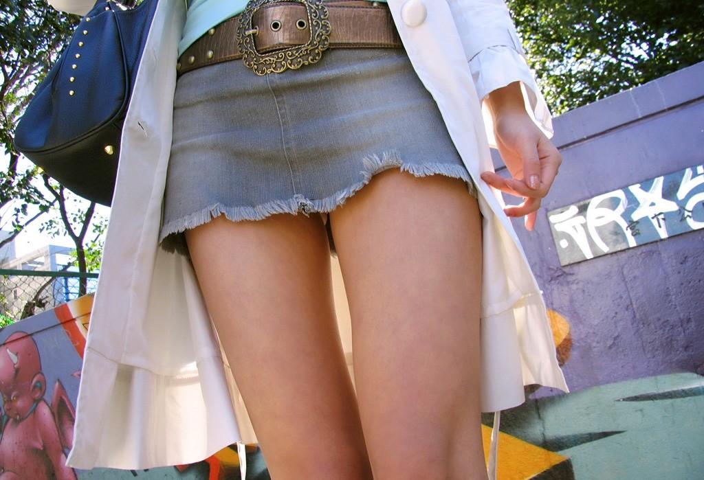 【美脚エロ画像】美味しそうなムッチリ…近しくなりたい美脚素人撮りwww 09