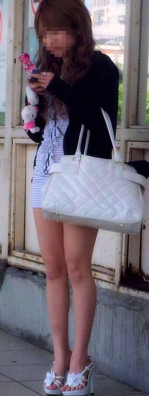 【美脚エロ画像】太くても細くても好きwミニスカから見える美脚追跡! 25