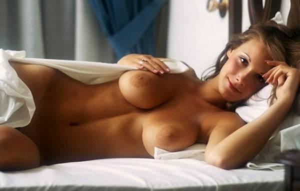 【海外エロ画像】デカ過ぎず太過ぎず!今すぐヤリたい全裸の外人さんwww 03