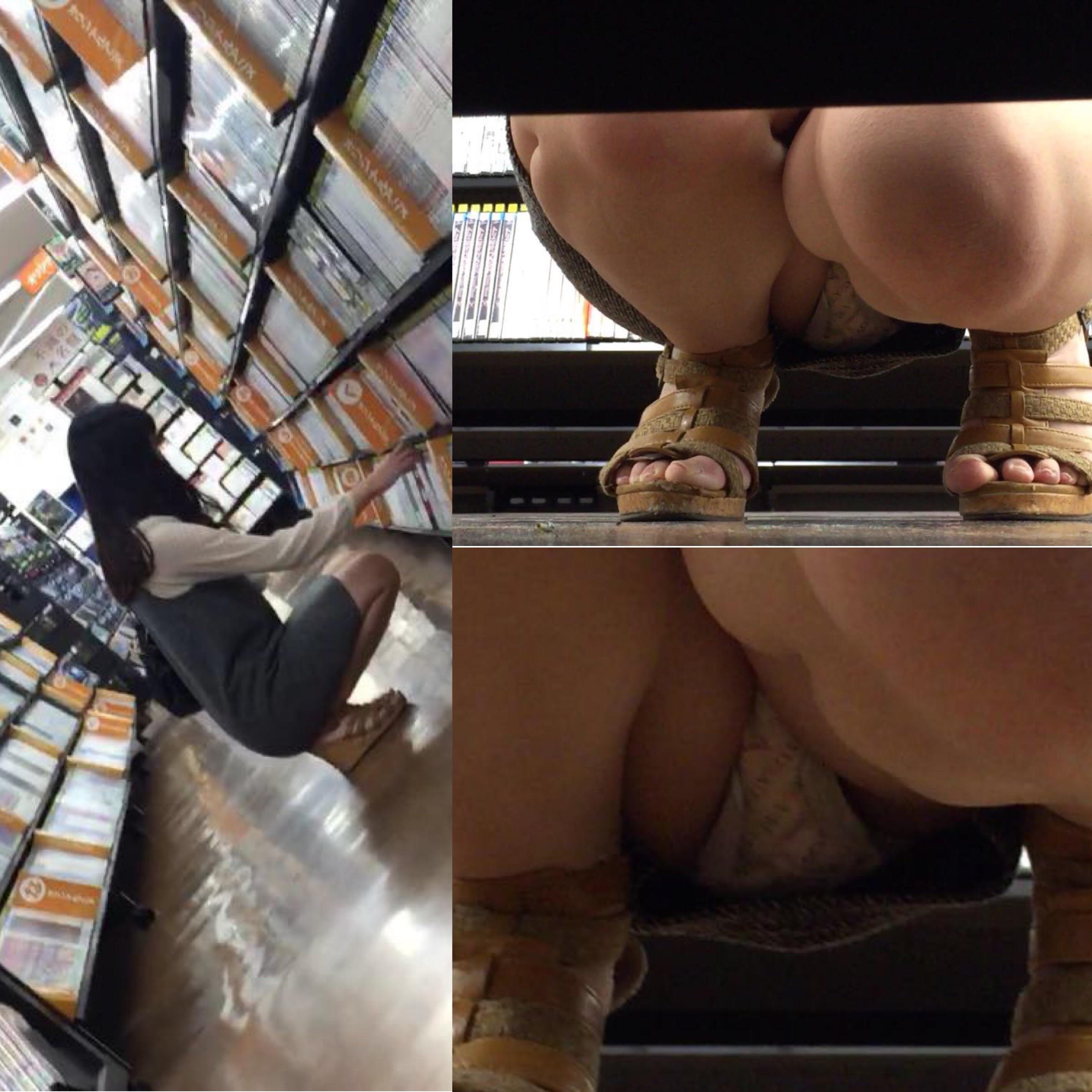 【パンチラエロ画像】棚の下から座るミニスカ女子のパンツを商品そっちのけでガン見www 24