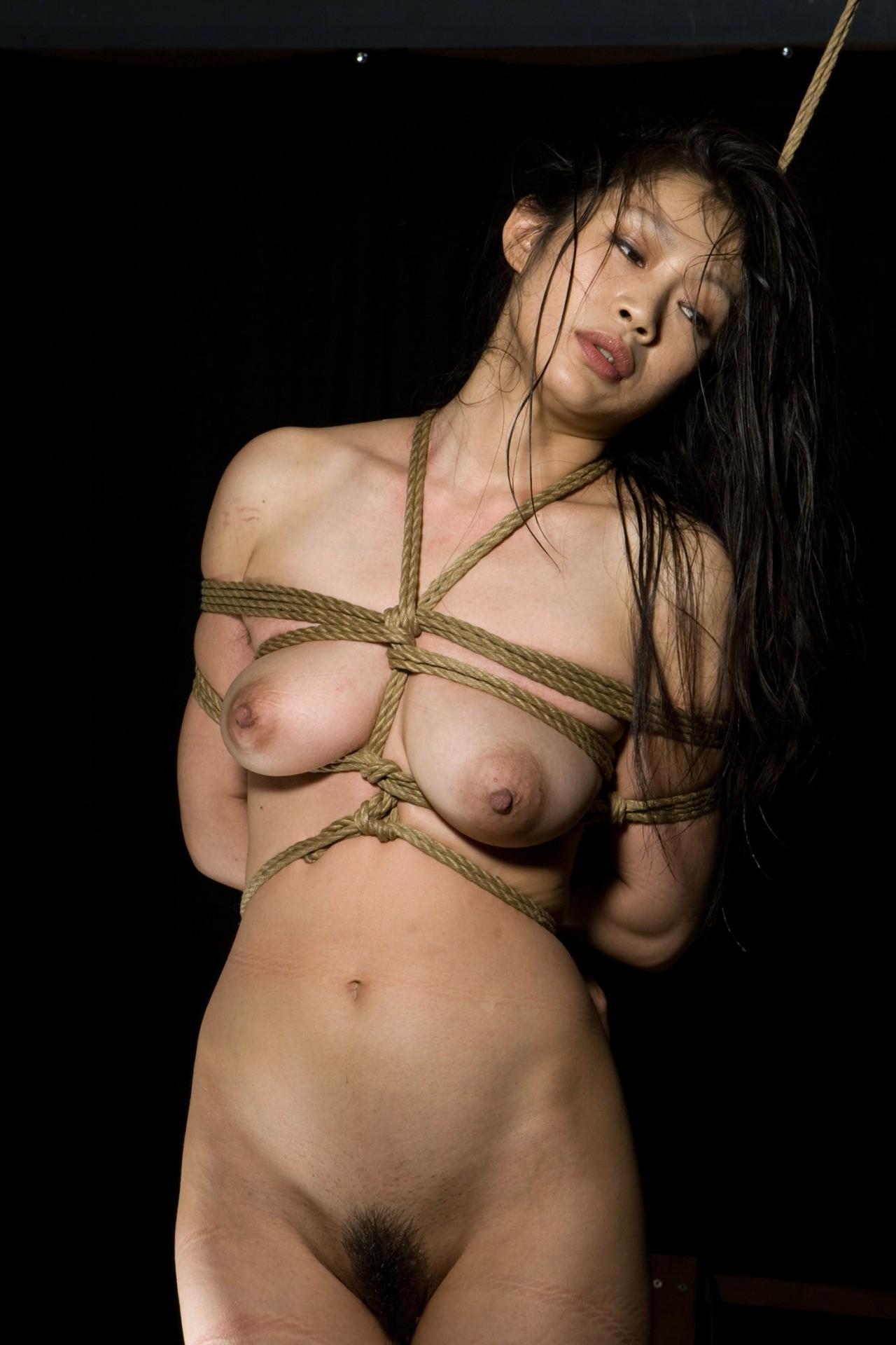 tumblr 緊縛蔵 完全無修正 【SMエロ画像】解くの勿体ないほど卑猥で芸術的な女体緊縛