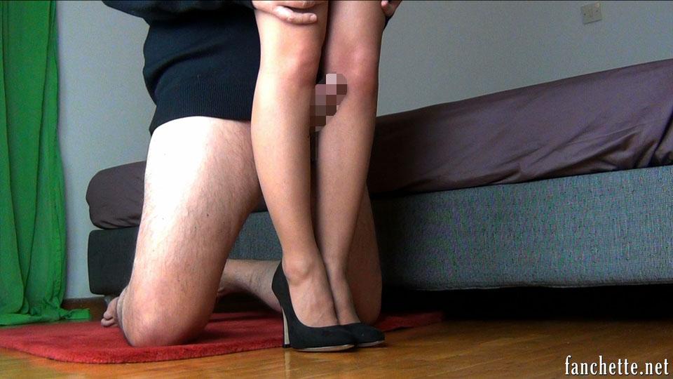【脚コキエロ画像】挟む範囲が広いから有用wむっちり美脚でコキ責めwww 07