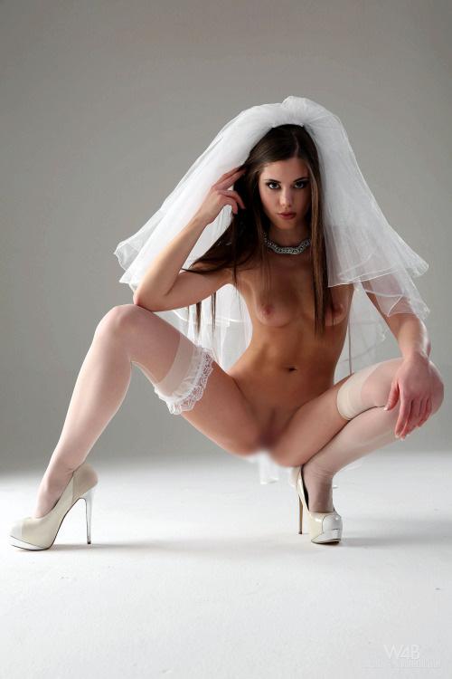 【海外エロ画像】初夜から寝取られとは…肉欲まみれの花嫁さんwww 26