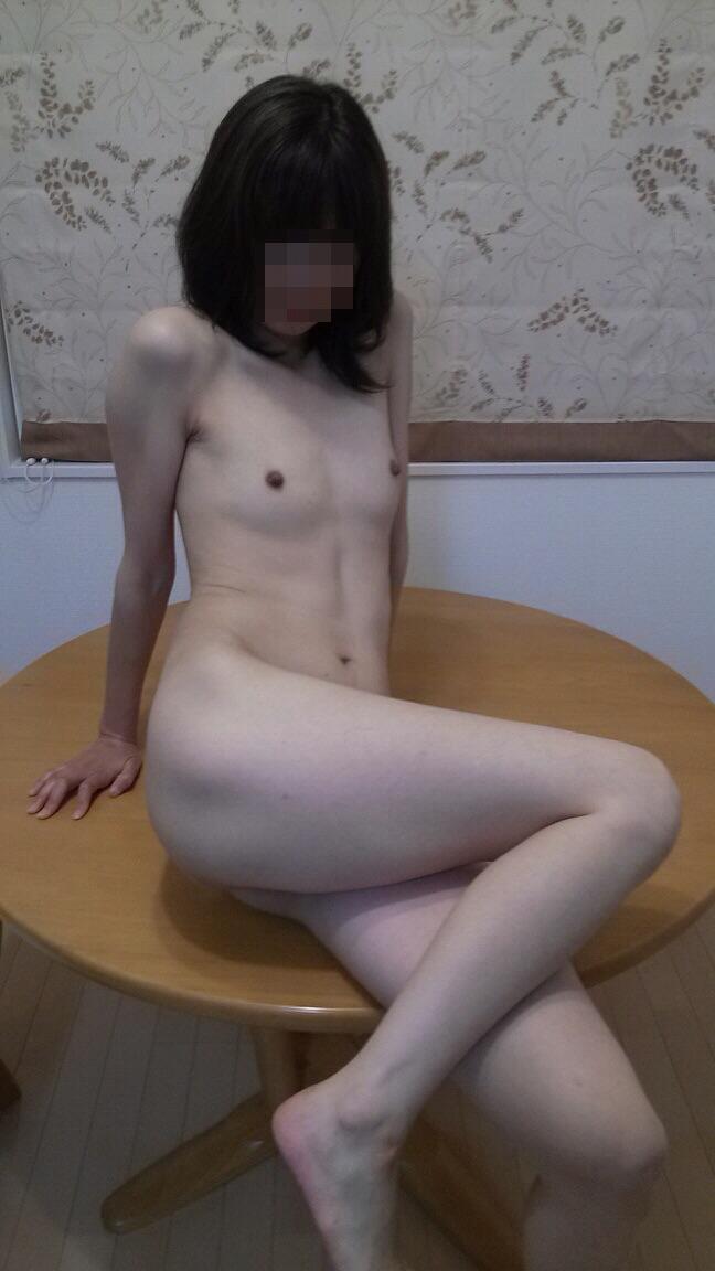 【貧乳エロ画像】小さくたって敏感さは巨乳に負けてはいないちっぱいさんwww 08