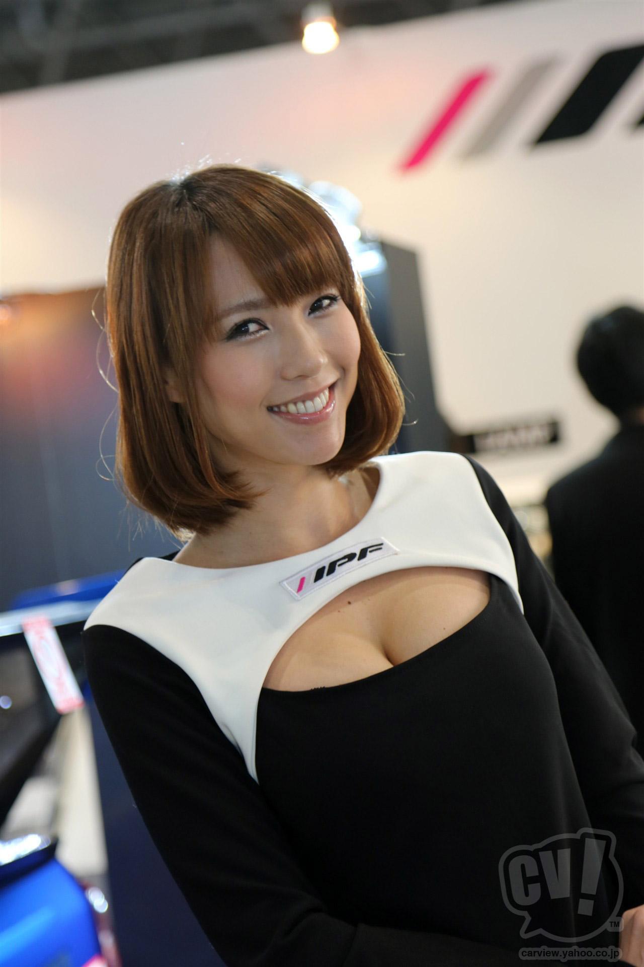 【キャンギャルエロ画像】お近づきになりたいキャンギャル、主に目的はその乳ですが何か? 26