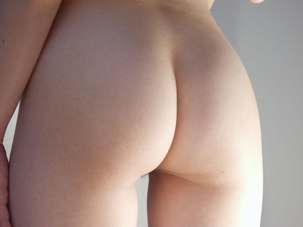 【美尻エロ画像】晩酌の友にどうでしょう?食べ頃なムッチリ生尻www 07