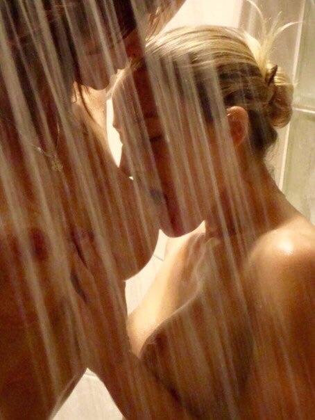 【海外レズエロ画像】舌遣いに凄い愛を感じるwガチな外人レズビアンwww 21