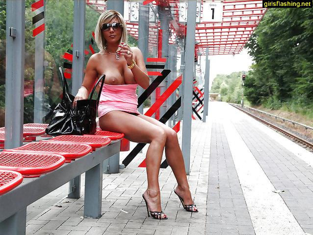 Flashing Public Outdoor Draussen Urlaub Holiday Vacation Sapphicerotica 1