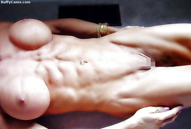 【筋肉美女エロ画像】許せるのはどこまで?マッチョ美女のヌード見比べwww 24