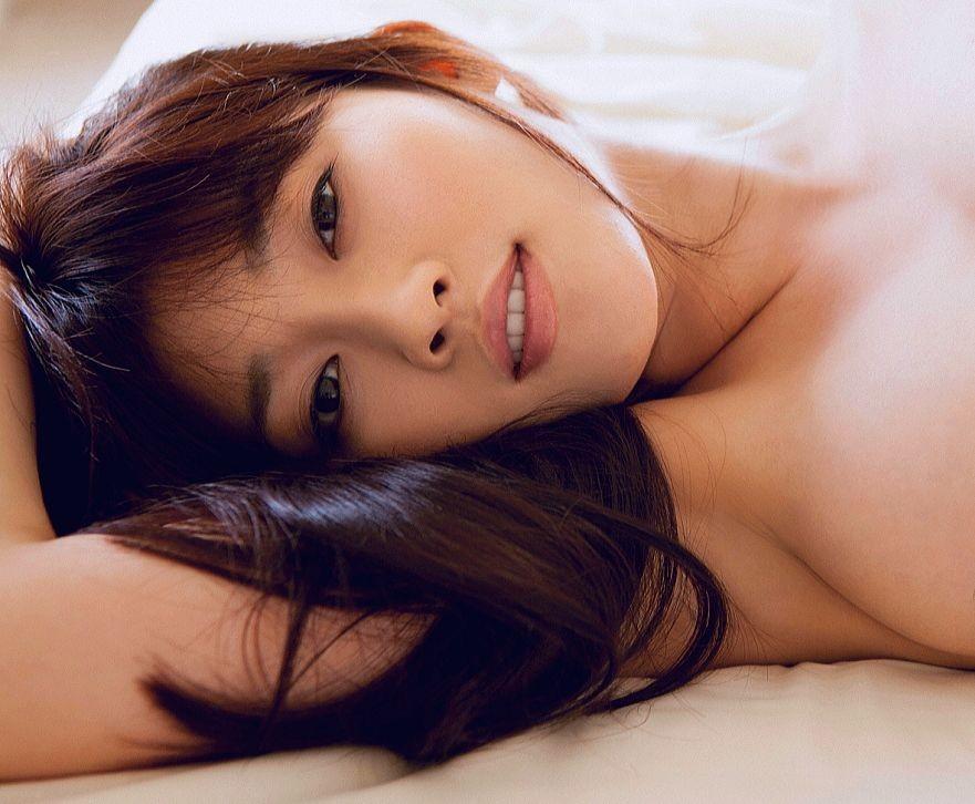 【腋フェチエロ画像】おっぱいより舐めたい日もあるw綺麗で貴重な美女の腋下www 09