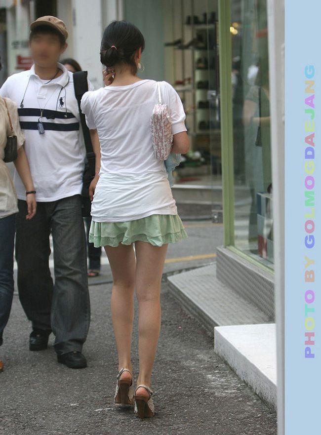 【美脚エロ画像】体の約半分をタダ見せしてくれると思うと萌える街角美脚www 08