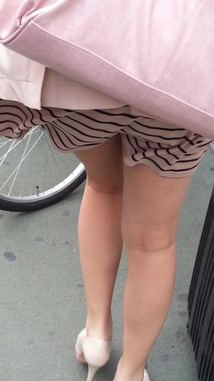 【美脚エロ画像】体の約半分をタダ見せしてくれると思うと萌える街角美脚www 18