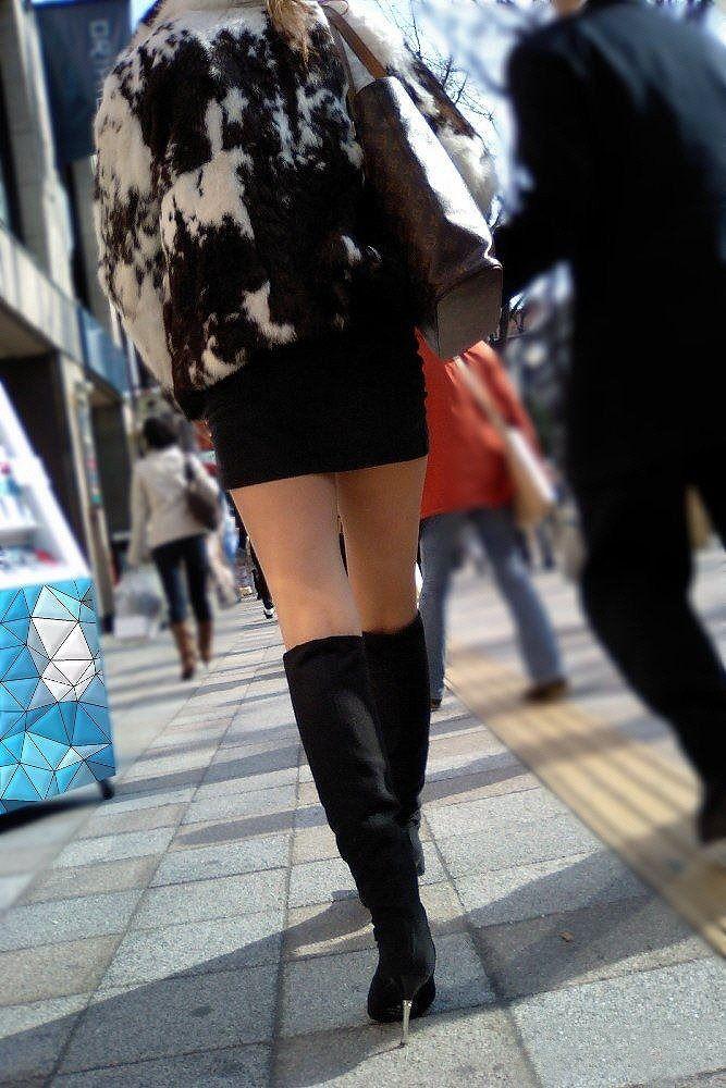 【美脚エロ画像】体の約半分をタダ見せしてくれると思うと萌える街角美脚www 25