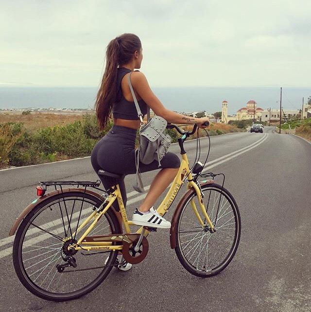 【着尻エロ画像】サドルになりたいなら顔か手か…美味しそうな自転車ライド尻www 21