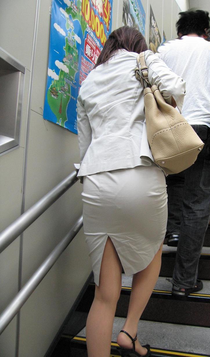 【着尻エロ画像】セクハラとの縁はなかなか切れない働く女性のタイト尻www 15
