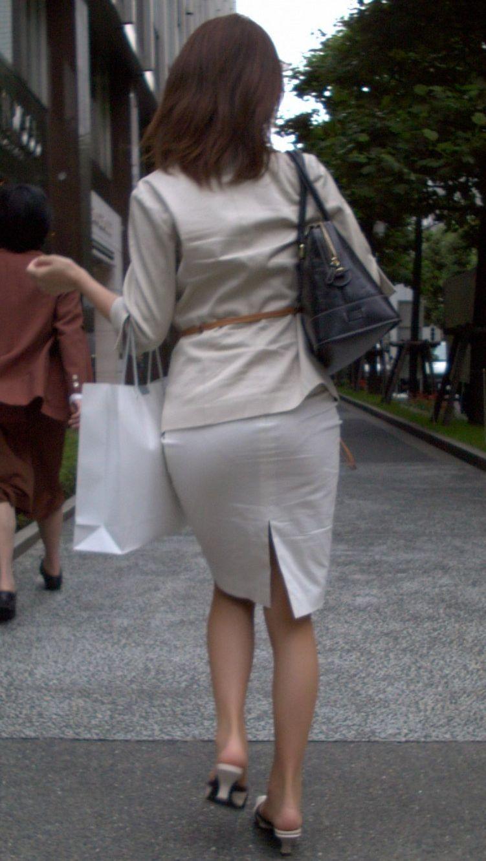 【着尻エロ画像】セクハラとの縁はなかなか切れない働く女性のタイト尻www 16