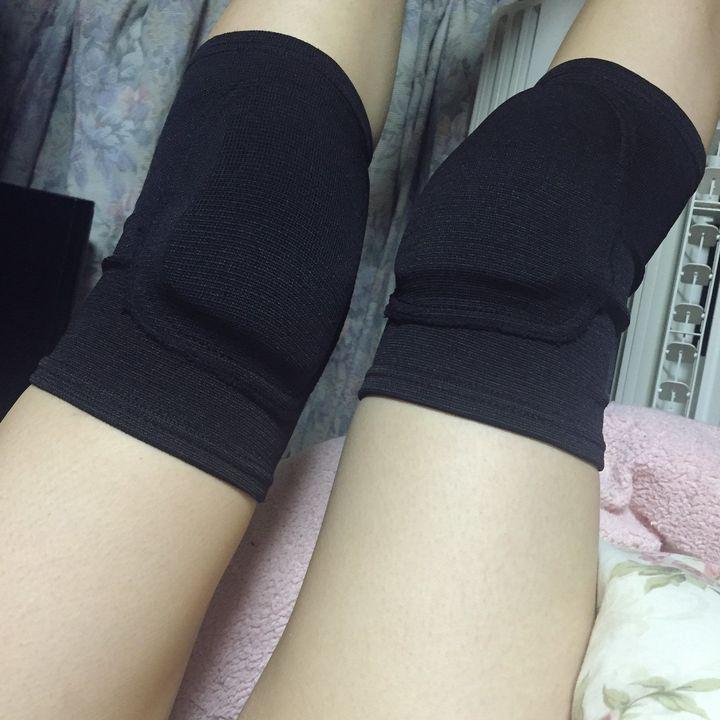 【美脚エロ画像】美脚自慢な女神達が乳出す前に生の脚線美を自撮りwww 10