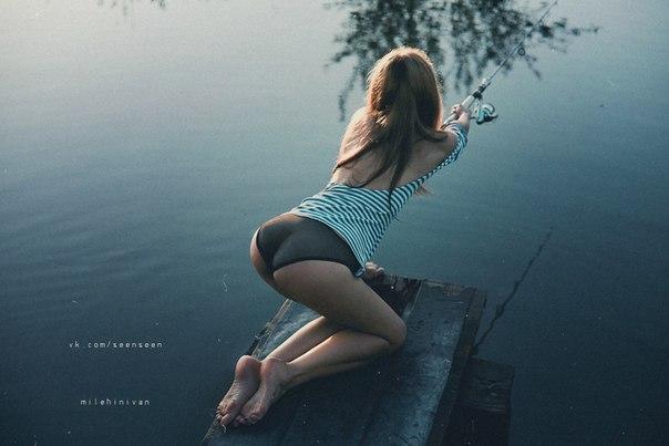 【水着尻エロ画像】ヒット時のムチムチがたまらん海外釣り人のビキニ尻www 26
