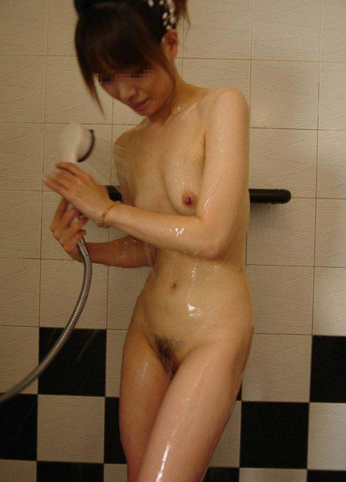 【風呂 エロ画像】ラブホの風呂でのんびりする素人さんっていいよなwww
