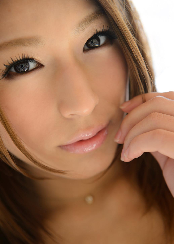 【唇エロ画像】キスしてみたい…潤った唇だけで男を勃たせる美女たちwww 01