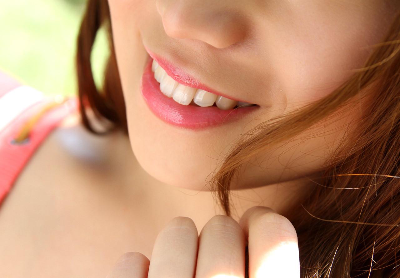 【唇エロ画像】キスしてみたい…潤った唇だけで男を勃たせる美女たちwww 02