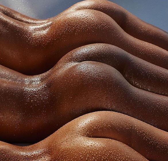 【ウェットエロ画像】水があるだけで違う!濡れて卑猥さを増した女の肉体www 02