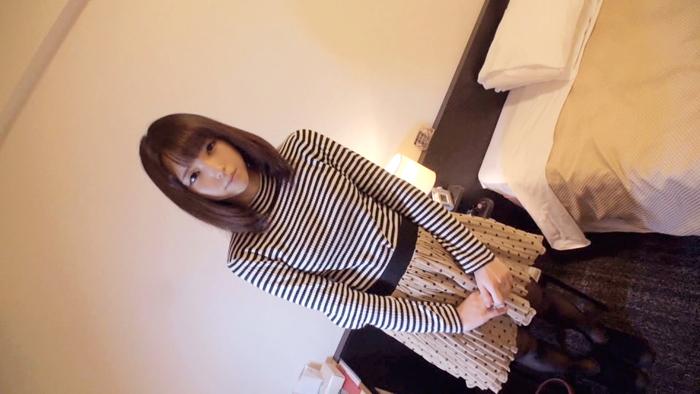【素人エロ画像】超美乳の美少女美容部員の濡れ方がヤバいww 001