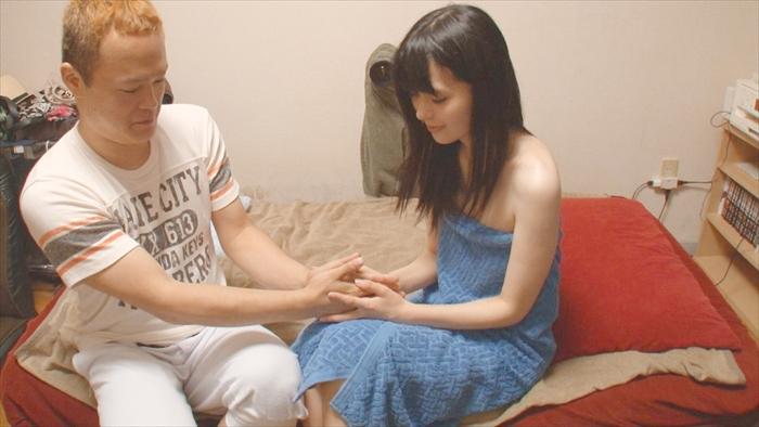 【幸田ユマ】素人男性宅に派遣とかまるでデリヘルwただレベルは最高峰! 05
