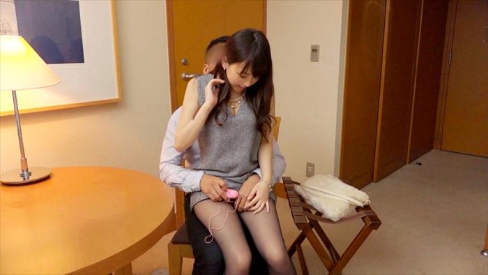 【素人エロ画像】彼氏とのSEXでは満足できなくなった女駅員の痴態がエロいww 03
