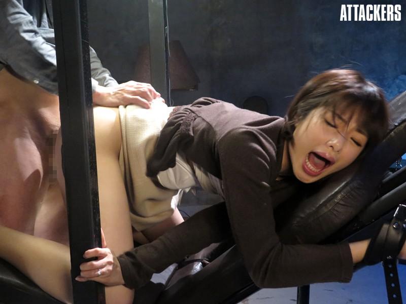 【調教画像】監禁した女の恐怖心を取り除くため調教wwこの女の恐怖心が消えて性欲だけになったわwww12